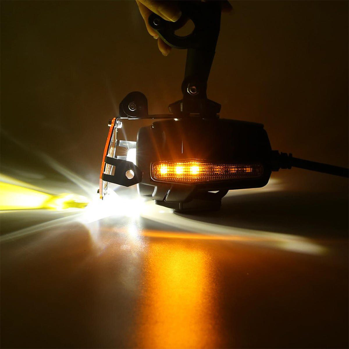 Replacement LED Motorcycle Auxiliary Fog Light Assemblie Driving Lamp With DRL Turn Signal Light Brackets for R1200GS/ADV/F800GS